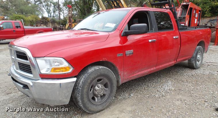 2012 Dodge Ram 2500HD Crew Cab pickup truck