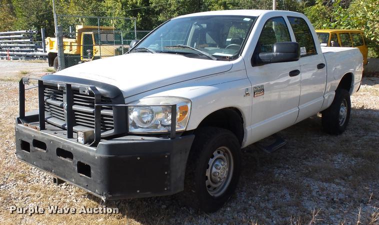 2007 Dodge Ram 2500 Quad Cab pickup truck