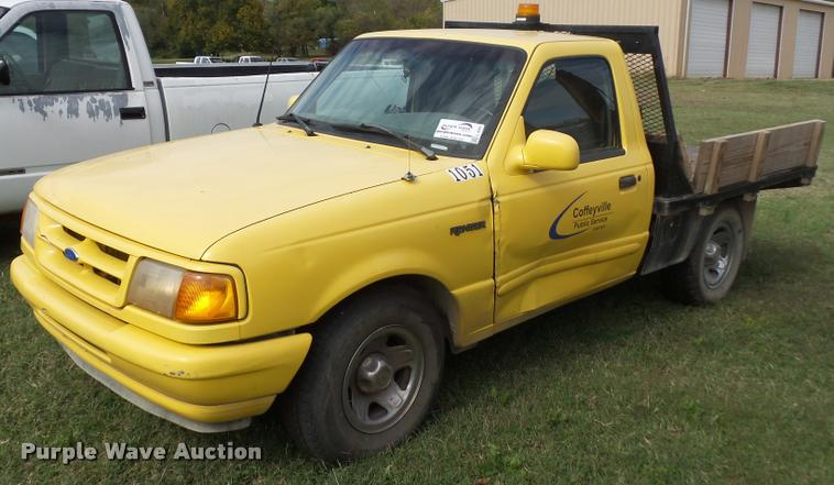1995 Ford Ranger flatbed pickup truck