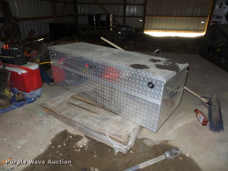 Tractor Supply toolbox