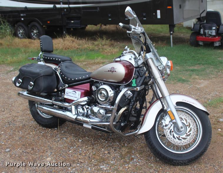 2003 Yamaha V-Star Classic XVS650 motorcycle