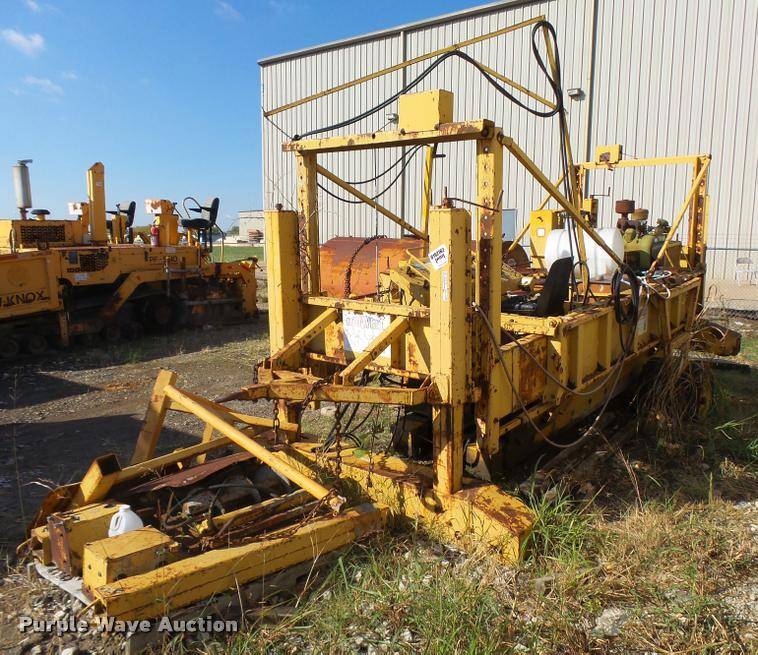Bid-Well 0F500 low-slump concrete machine
