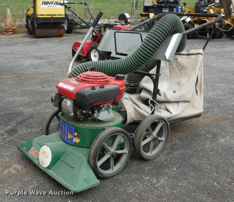 1997 Billy Goat KD510H lawn vacuum