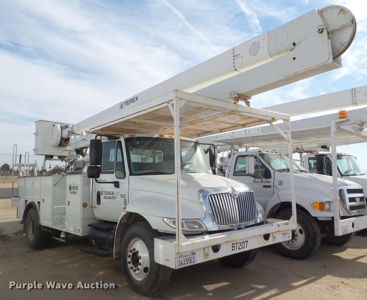 2007 International DuraStar 4300 bucket truck