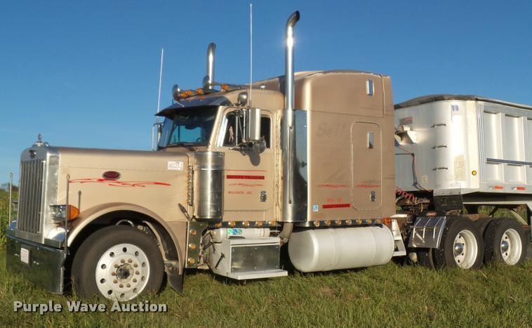 1998 Peterbilt 379 semi truck