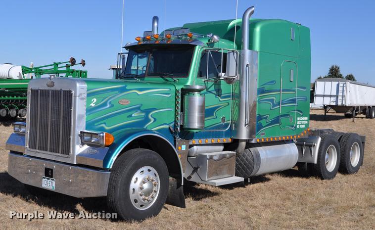 1999 Peterbilt 379 semi truck