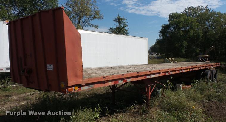 1979 Dunham flatbed trailer