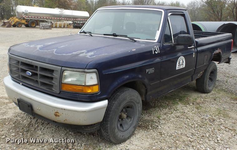 1994 Ford F150 pickup truck