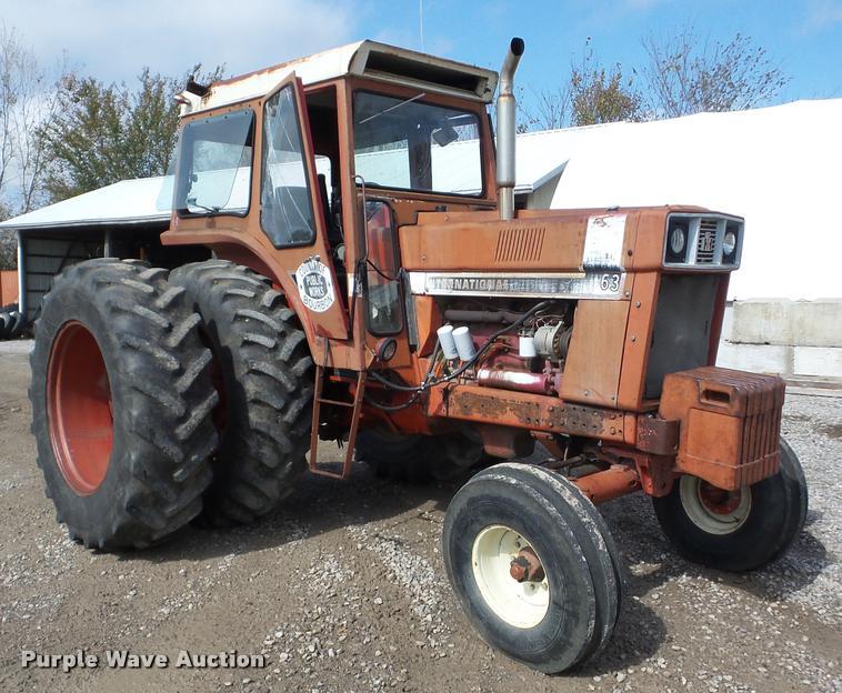 1971 International 966 tractor