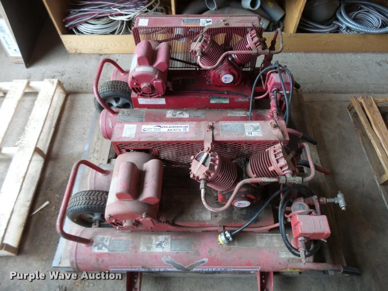 (2) Porta Champ twin cylinder air compressors