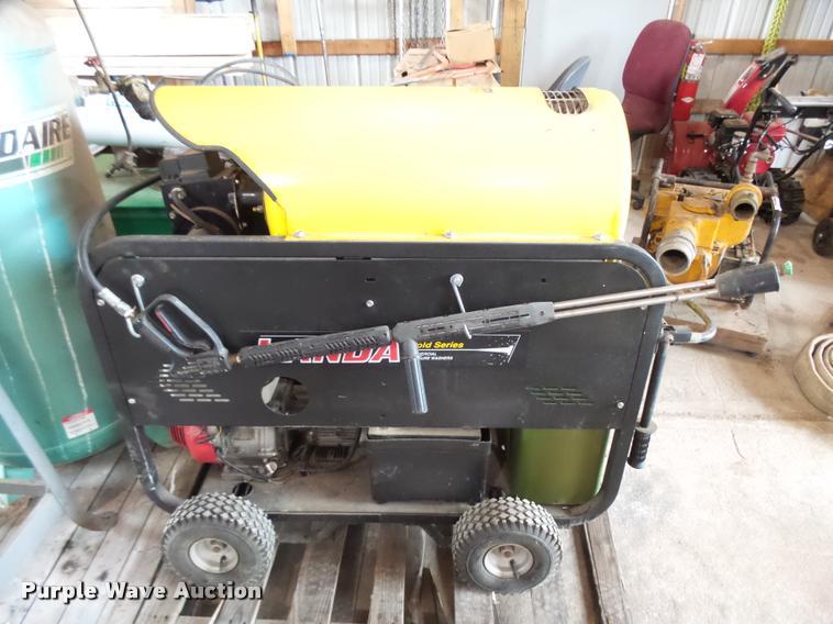 Landa Gold Series pressure washer