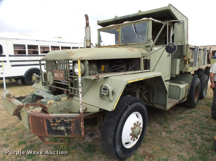 1968 Kaiser M39 dump truck