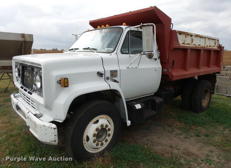 1979 Chevrolet C70 dump truck