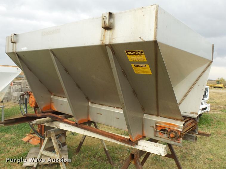 Larson Machines stainless steel spreader