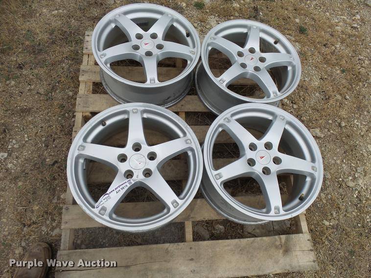 (4) Pontiac G6 aluminum wheels