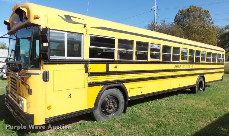 2000 Blue Bird TC2000 school bus