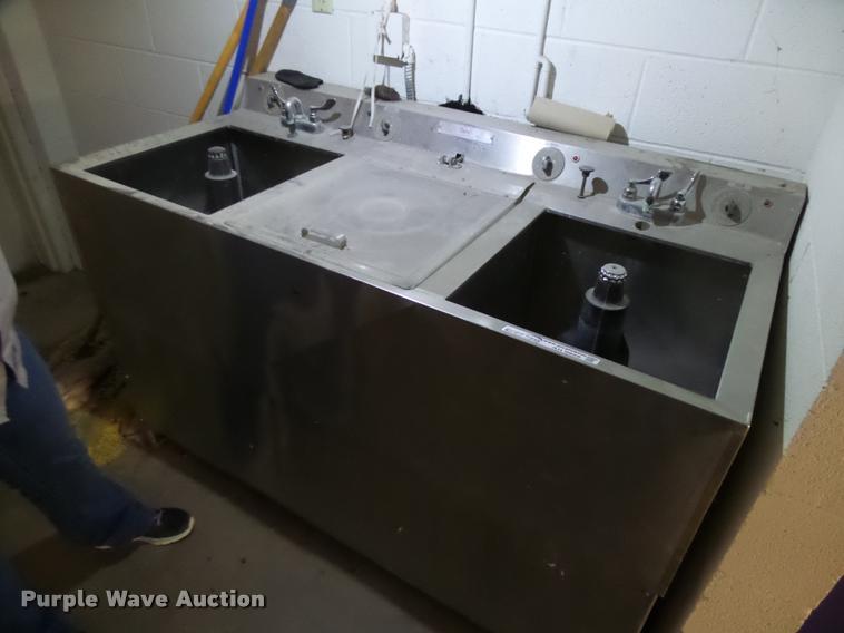 Unimac 202 stainless steel three tub washer