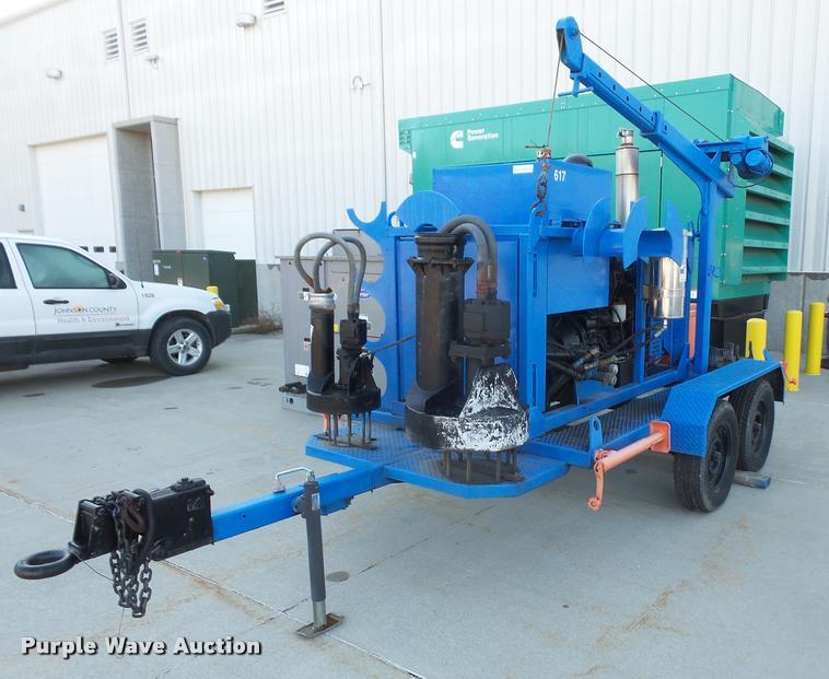 Water pump trailer