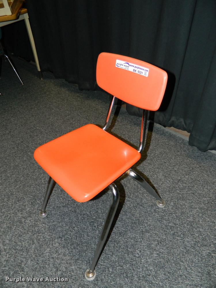 (30) student desk chairs