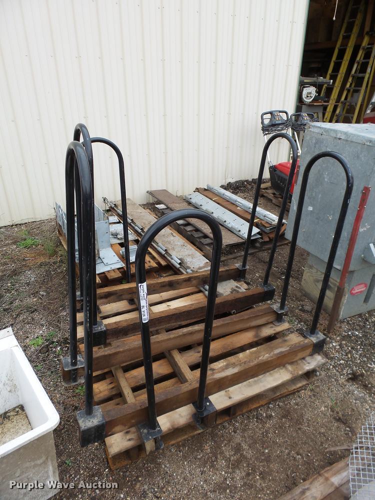 (3) log racks