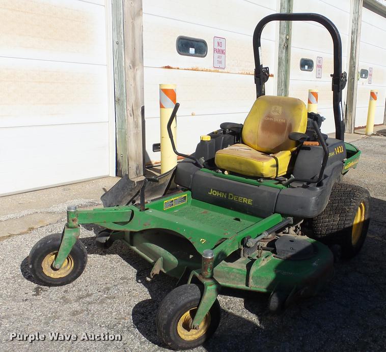 John Deere 777 Z-Trak lawn mower