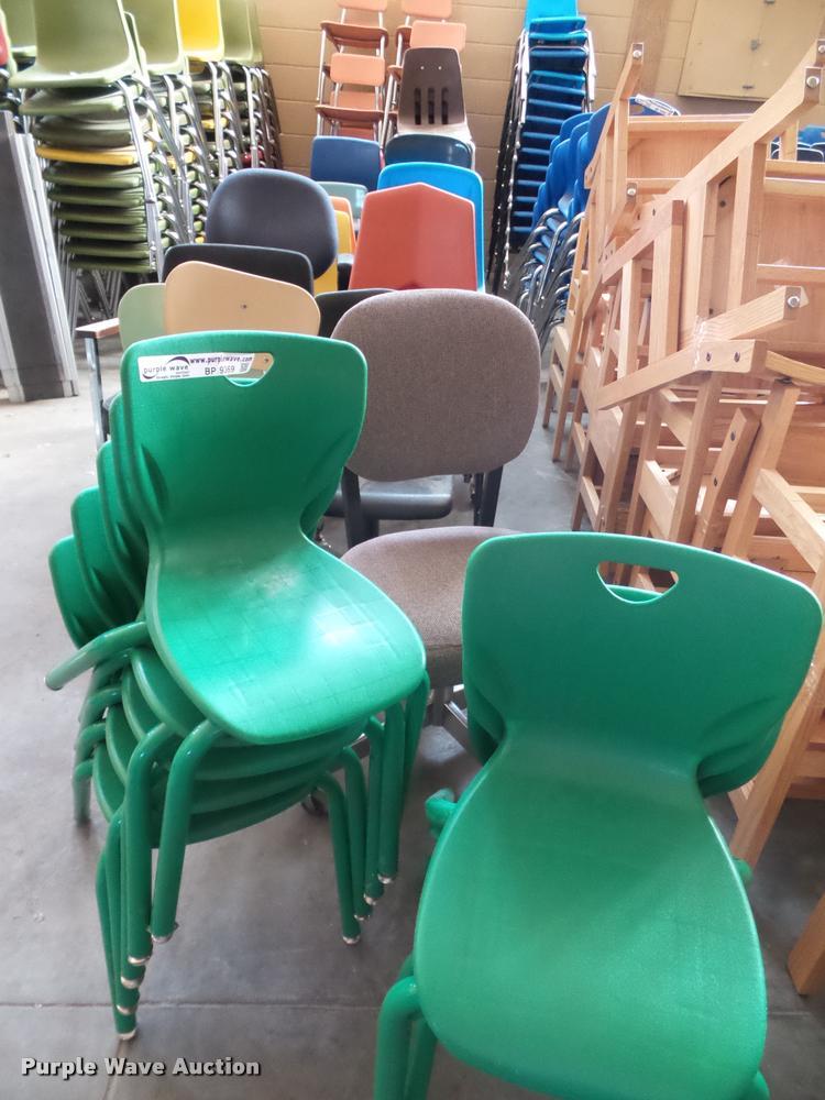 (67) child chairs
