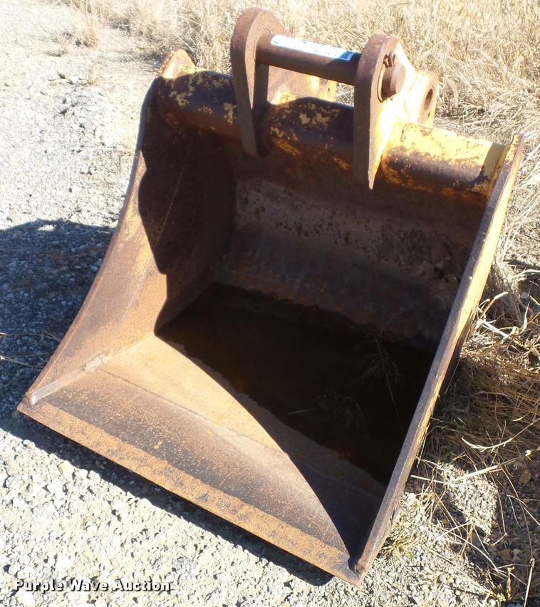 John Deere excavator bucket