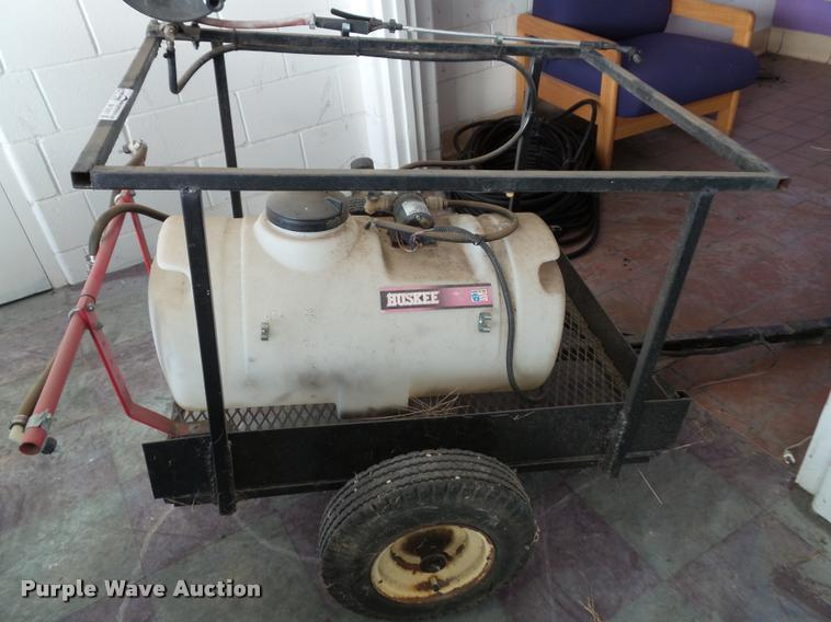 Huskee spray rig