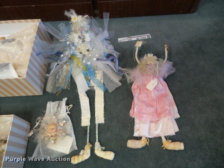 (11) assorted Larkspur Lane Lib Cummings-Mead for Silvestri figurines