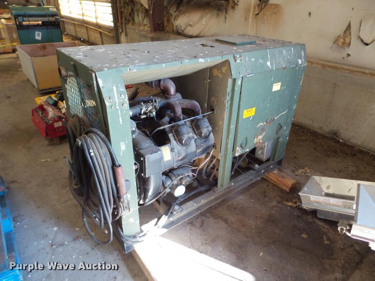 1980 Hobart GCC-300-W generator