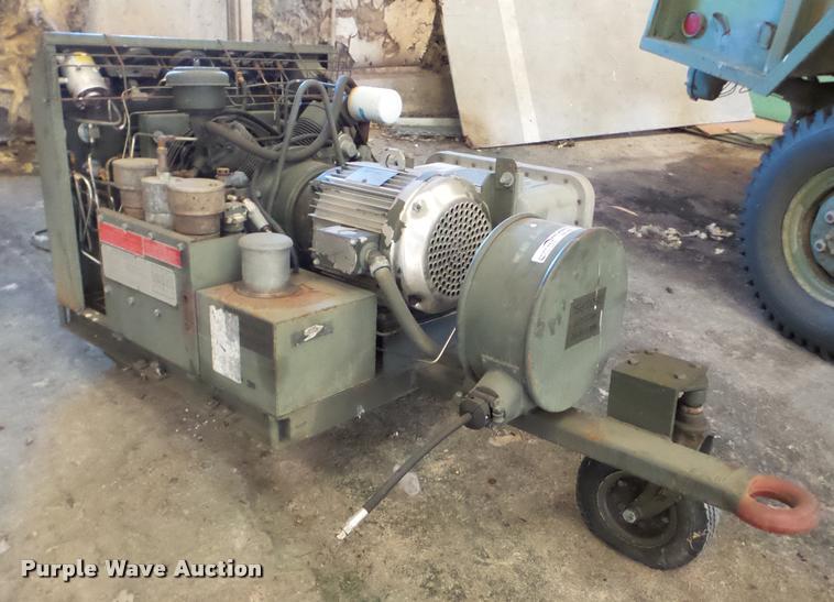 Davey 220U air compressor