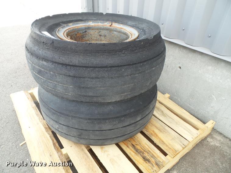 (2) Magnesium split-rim tires and wheels