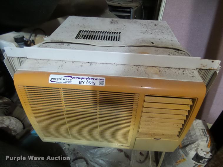 (2) window AC units