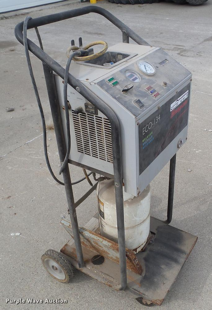 Snap-on ECO-134 recover/recycle/recharge machine