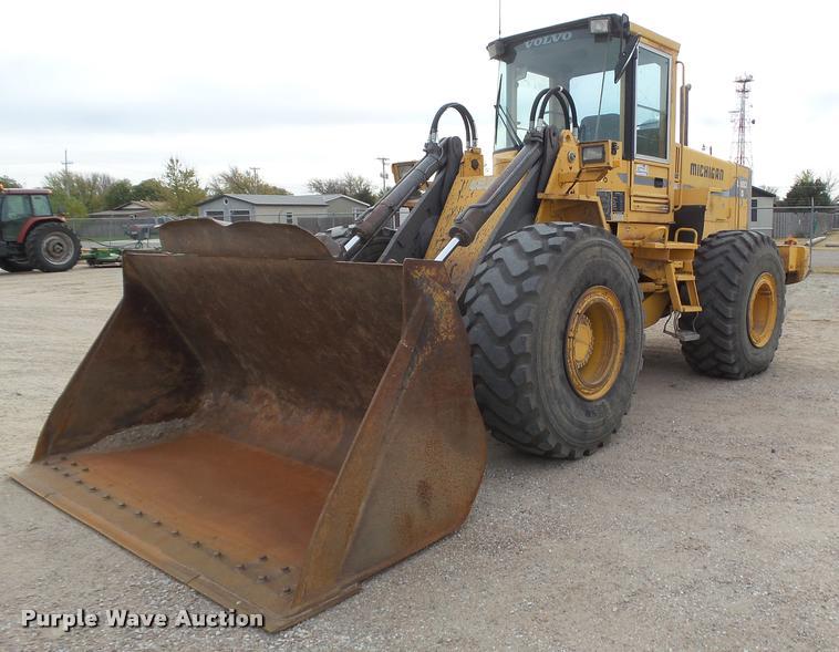 Michigan L120B wheel loader