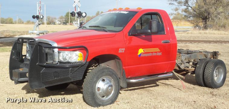 2004 Dodge Ram 3500 pickup truck cab and chassis