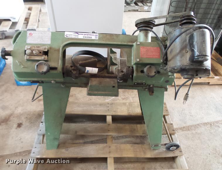 Rong Fu metal cutting bandsaw