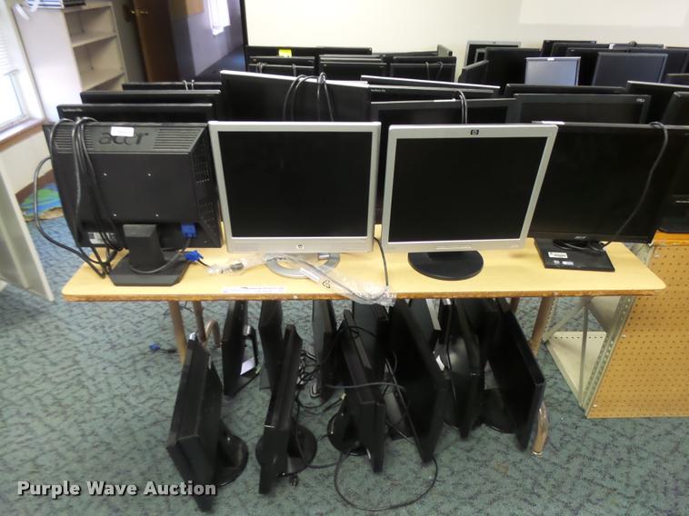 (26) computer monitors