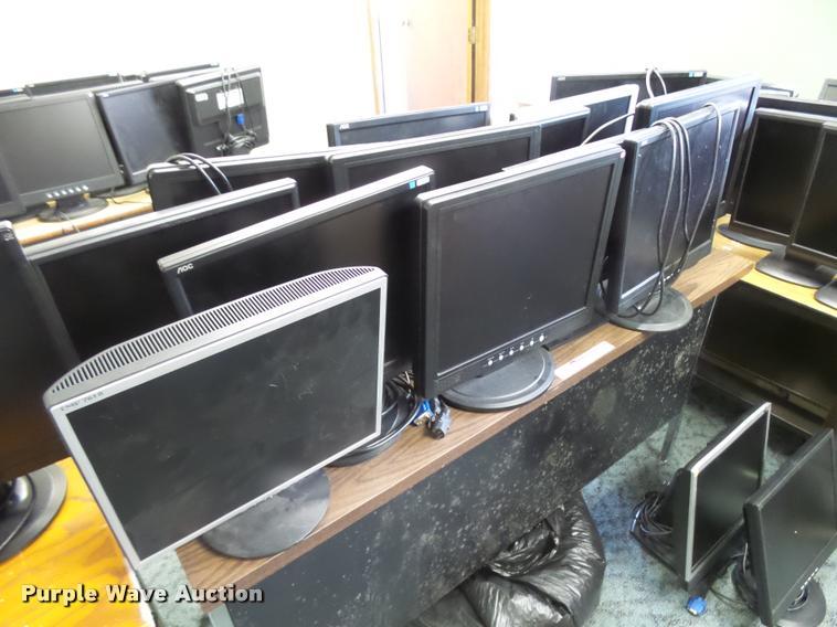 (23) computer monitors