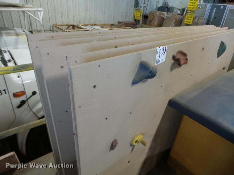 (6) climbing panels