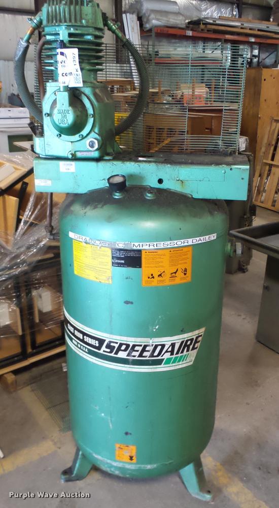 Speedaire 52399B upright air compressor