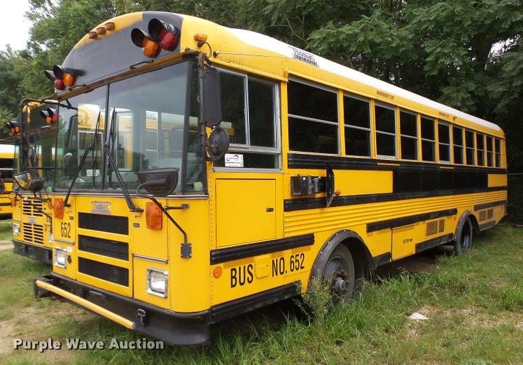 2001 Thomas Built Saf-T-Liner MVP EF school bus