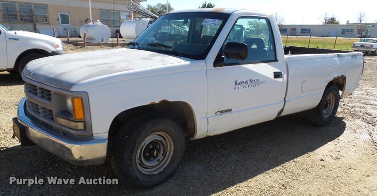 1994 Chevrolet 1500 pickup truck