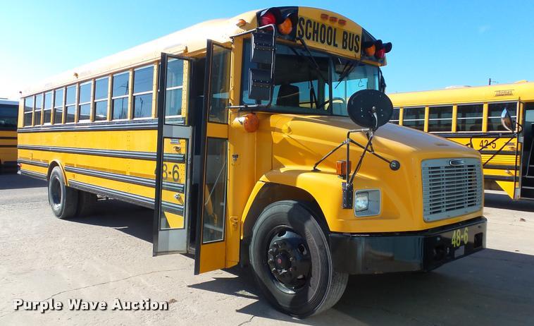 2006 Freightliner FS65 Thomas school bus