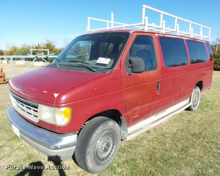 1992 Ford Club Wagon E350 van