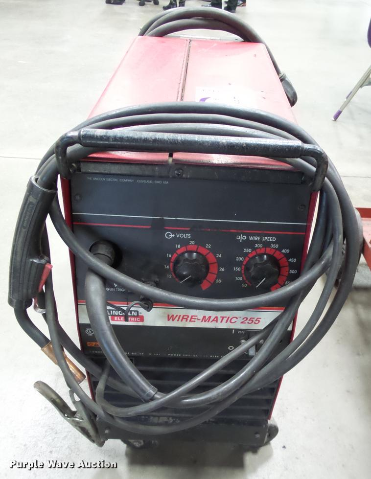 Lincoln Wirematic 255 welder