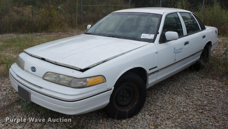 1992 Ford Crown Victoria