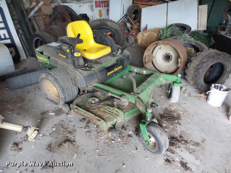 John Deere 757 ZTR lawn mower
