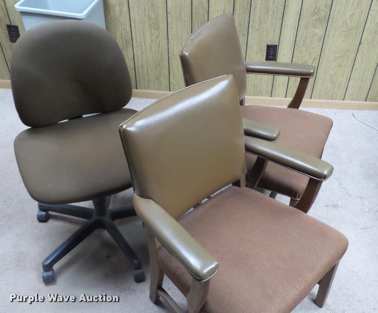 (9) office chairs
