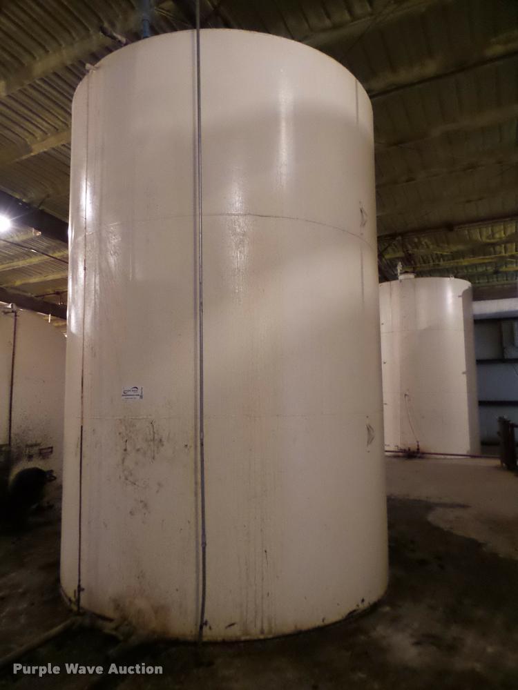 Steel tank